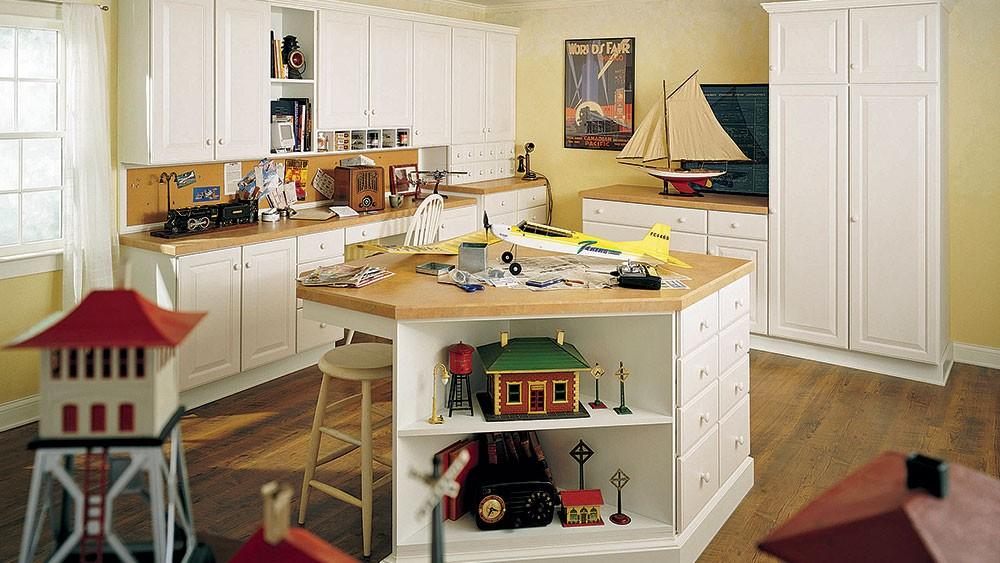 Hobby and crafts room | Top Shelf Closets